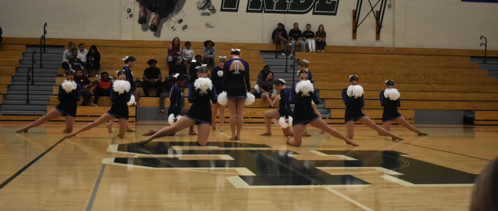 Grandview+Poms%3A+League+Champions